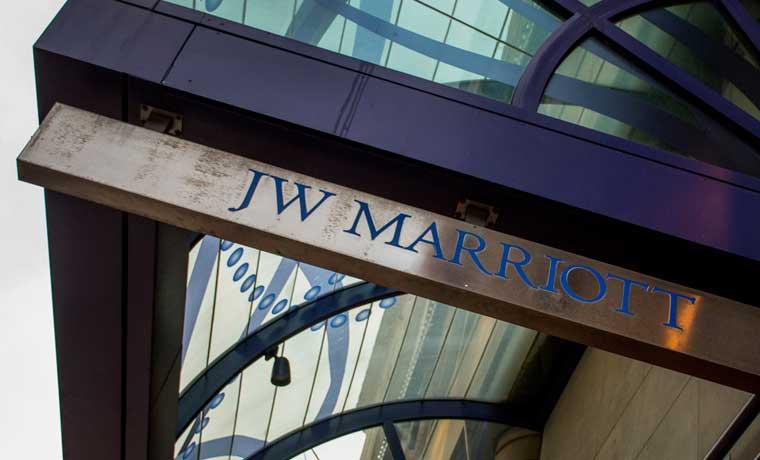 Marriott mejora oferta y consigue quedarse con hoteles Starwood