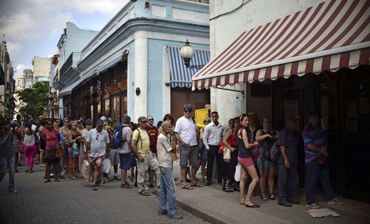Western Union brindará servicio de remesas a Cuba