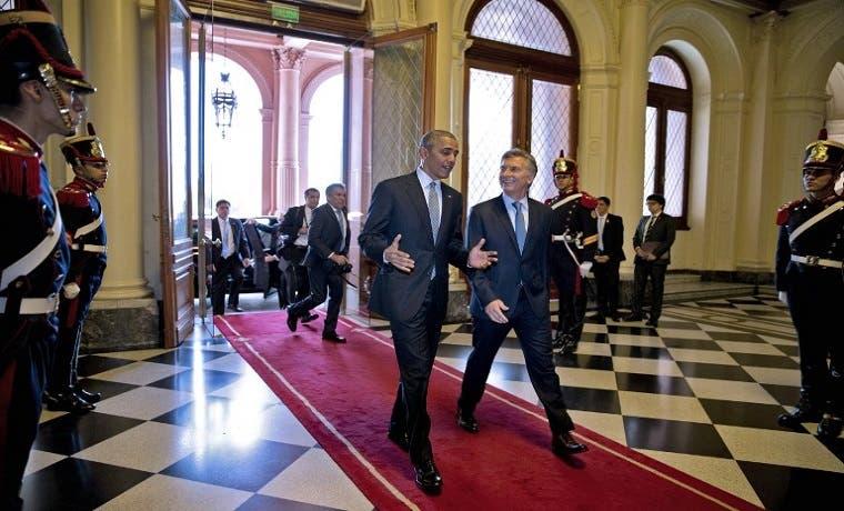 Visita de Obama ayuda a Argentina en regreso a mercados globales