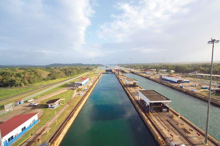 Expansión de Canal de Panamá estará terminada en el mes de julio