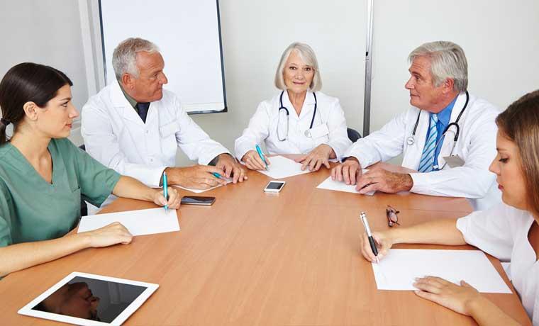 Hacer consultas médicas a distancia ahora es posible en Limón