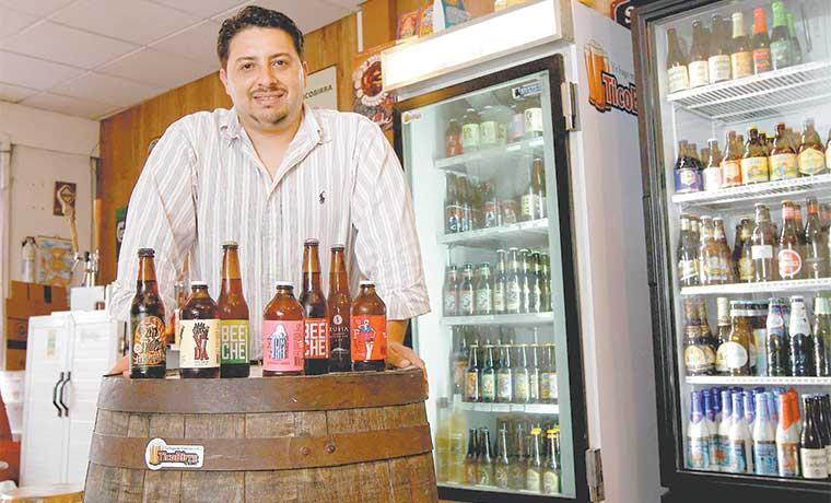 Pequeños hoteles innovan con fabricación de cerveza artesanal