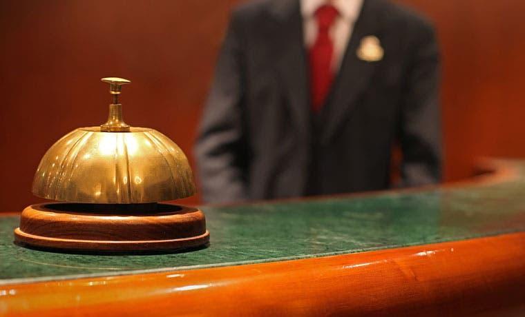Un 26% más de hoteleros y dueños de restaurantes no le pagan a la Caja