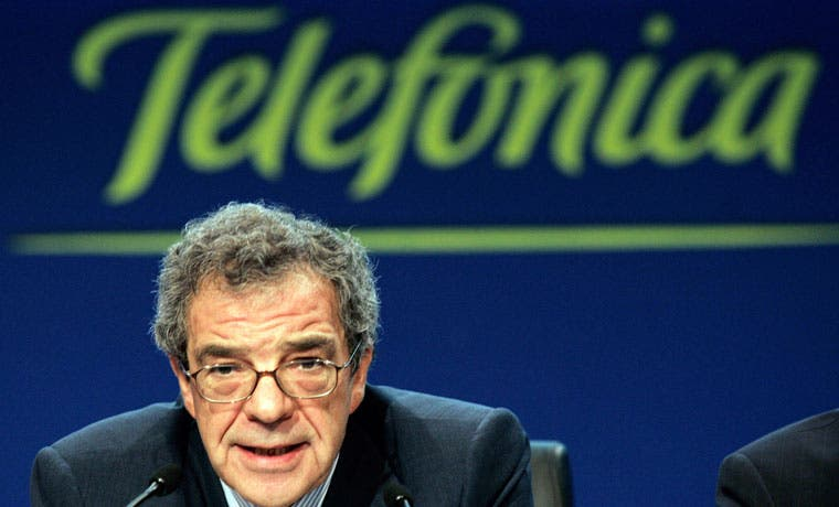 César Alierta renuncia a presidencia de Telefónica