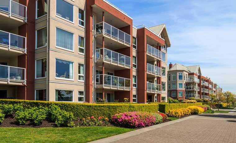 Construcción de condominios duplica la de casas