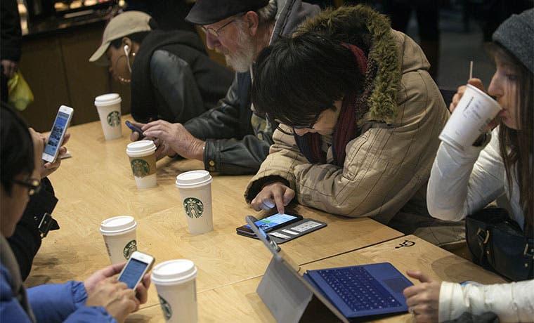 Starbucks lleva su app pionera para móviles a las altas esferas