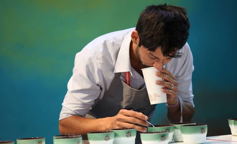 Tico gana Competencia Mundial de Catadores de Café en China
