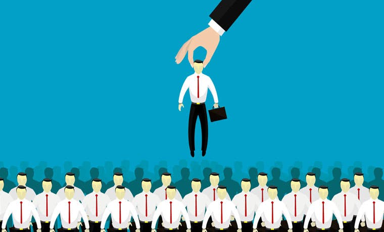 Mapfre busca 50 agentes de seguros en feria de empleo