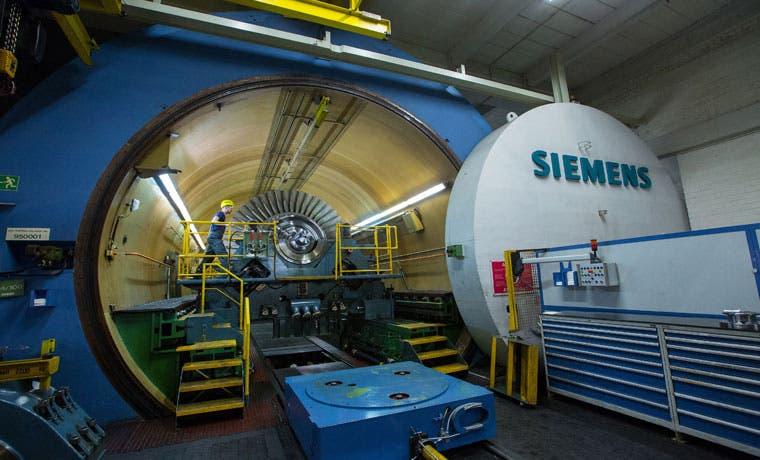 Siemens exhibe interés en la unidad de energía de Emerson
