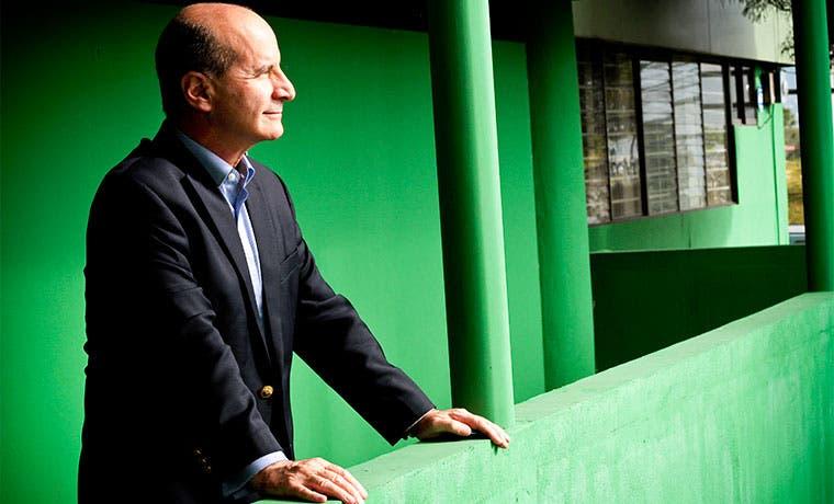 Figueres es un rival fácil de vencer, según oposición