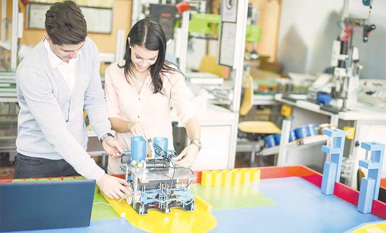 Costa Rica apunta a la robótica como actividad profesional