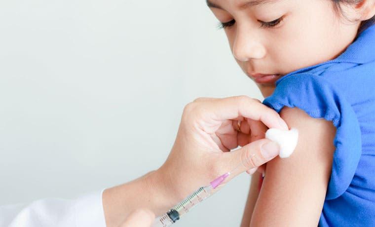 Vacunación contra influenza iniciará a finales de mes