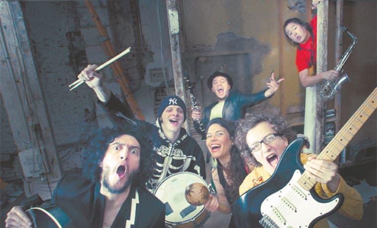 Grupo colombiano La Chiva Gantiva visitará el país