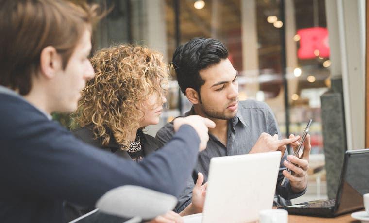 Descubra estrategias para obtener clientes satisfechos
