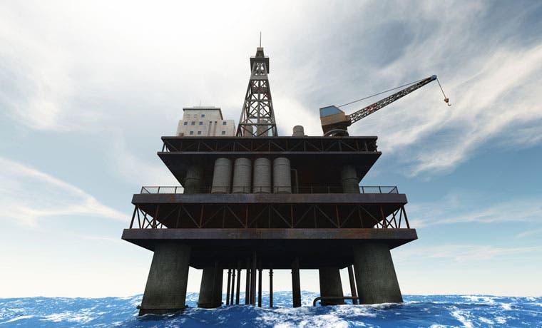Petróleo se desploma tras fracaso de las negociaciones en Doha