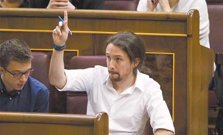 Corrupción en España fortalece a Podemos