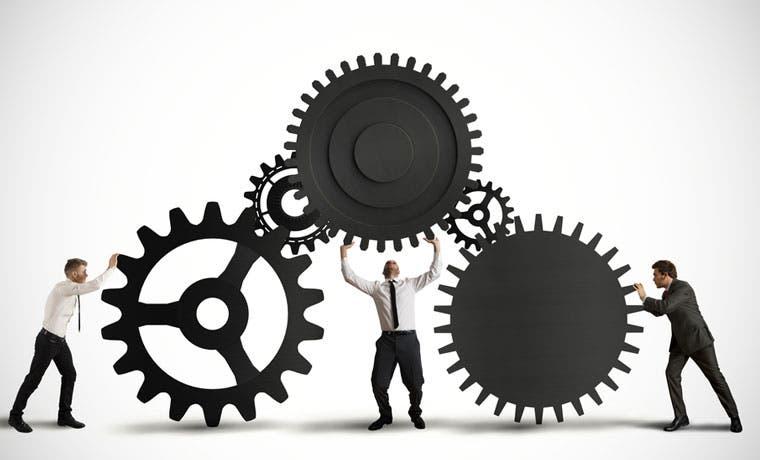 IBM ofrece plazas en contabilidad, tecnologías de información y soporte técnico