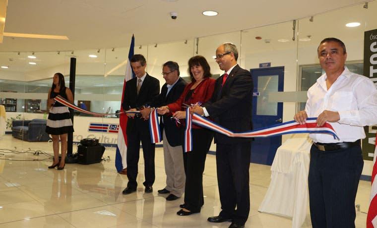 Centro Cultural Costarricense Norteamericano inauguró sede en City Mall