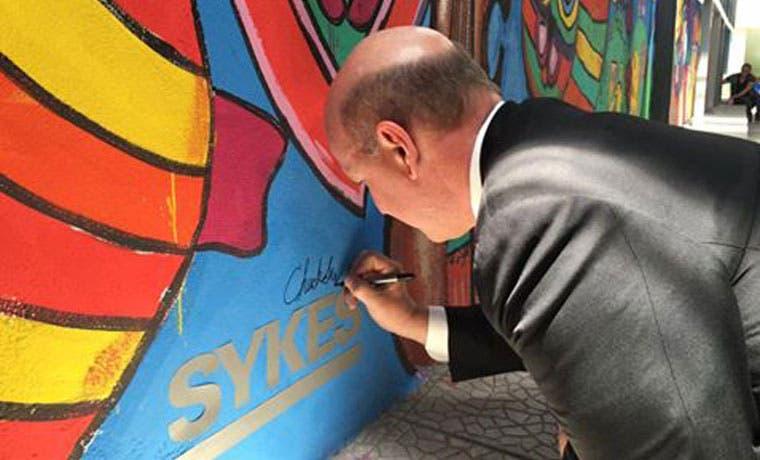Sykes inaugura nuevo centro de servicios y contratará a 900 personas