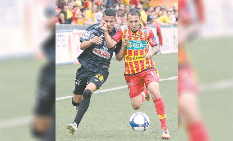 Herediano blindó la cima