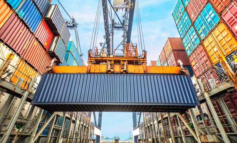 """Dispositivos médicos e industria alimentaria """"salvan"""" exportaciones de bienes"""