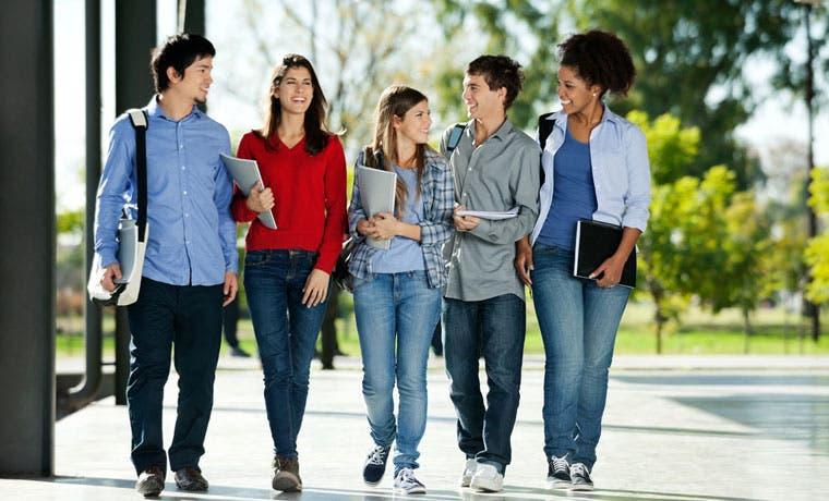 Proyecto que exige más calidad a universidades privadas recibió dictamen en comisión