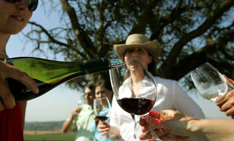 Avenida Escazú albergará fiesta de vinos chilenos