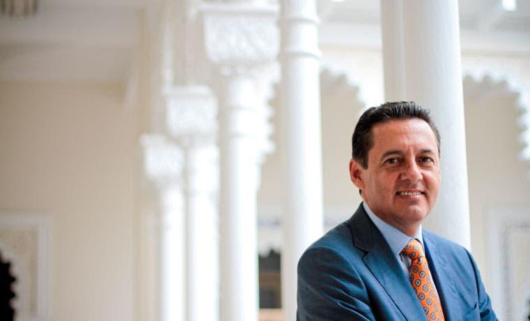 Álvarez Desanti tiene como principal reto reducir el déficit fiscal