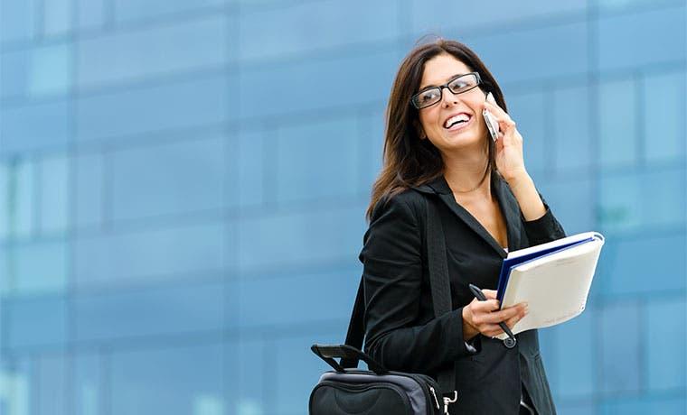 Hablar por celular prepago ahora es más caro