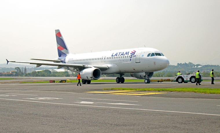 Coopesa realiza mantenimiento de aviones de Latam