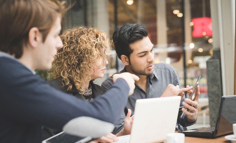 Jóvenes demandan apoyo de universidades para crear emprendimientos