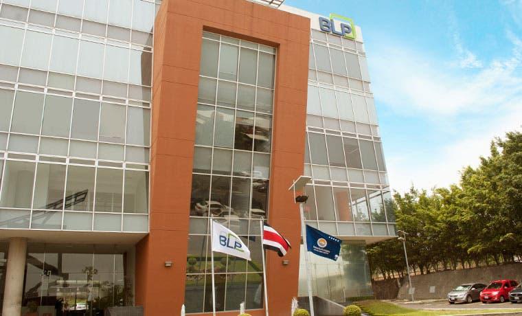 Firma legal costarricense es la única en Centroamérica en obtener Bandera Azul Ecológica