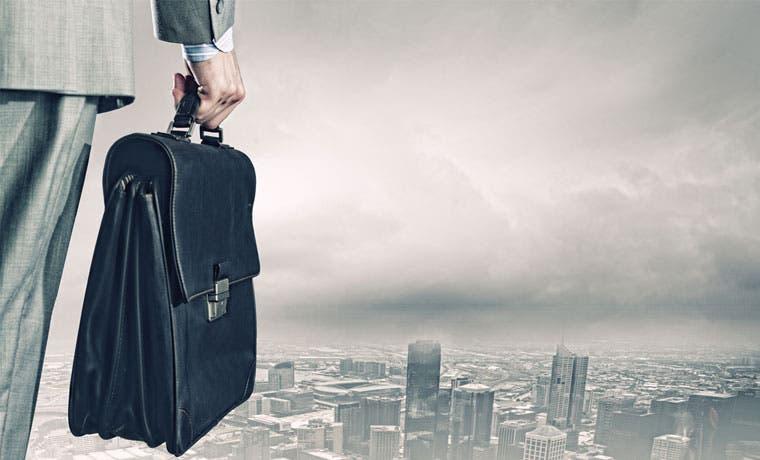 ¿Cuántos profesionales buscan cambiar de empleo?
