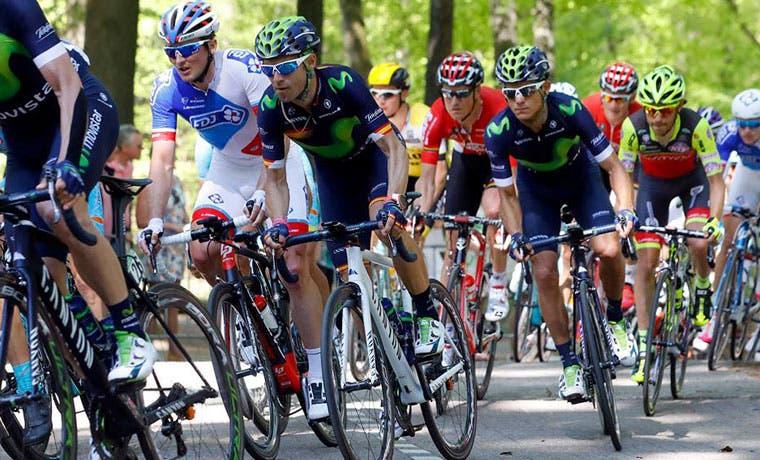 Amador sale del top ten del Giro