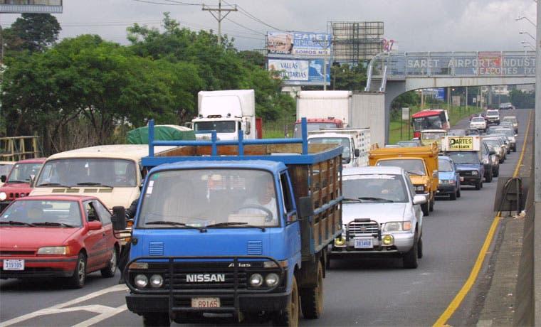 MOPT ejecutará 23 obras menores para atacar caos vial en la GAM