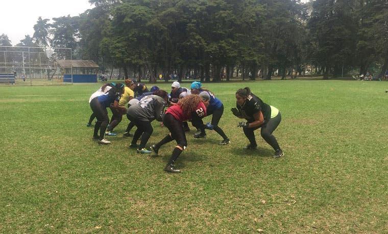 Profesionales de fútbol americano competirán en beneficio de jóvenes en riesgo social