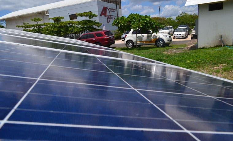 Ad Astra instaló paneles solares para ahorrar costos