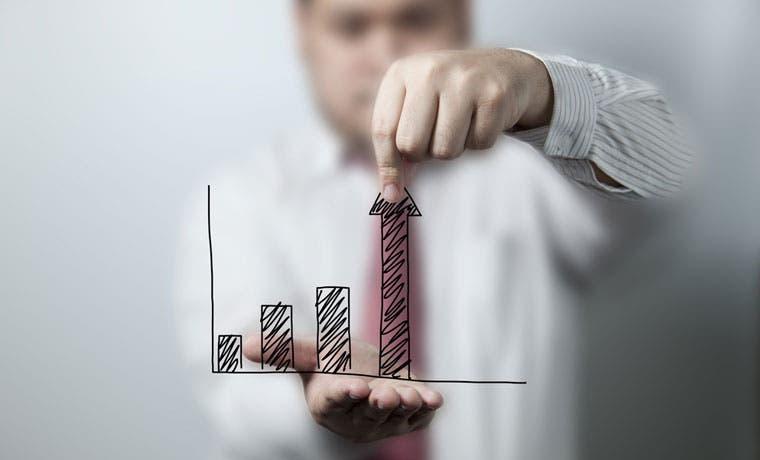 Actividad económica 2,8 puntos porcentuales mayor en primer trimestre que hace un año