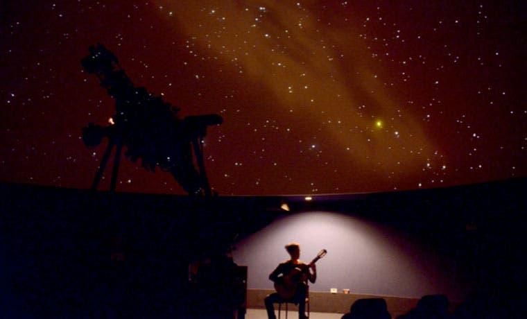 Actividad lo invita a viajar con música bajo las estrellas