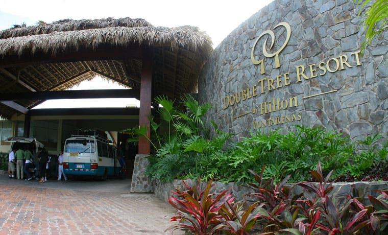 Hotel Hilton y Fundación Acción Joven capacitarán colegiales de Puntarenas