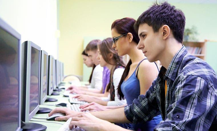Colegiales podrán competir en plan de educación financiera