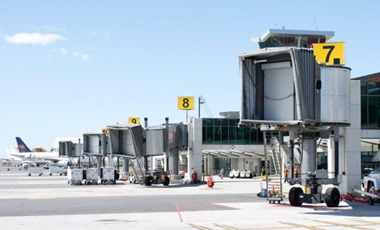 Más vuelos cancelaron llegada al Juan Santamaría esta mañana
