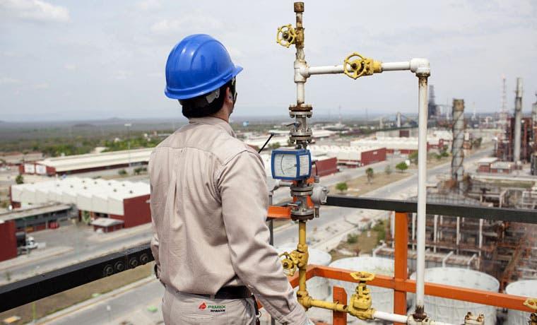 Petroleras conversan con Pemex sobre crudo del Golfo