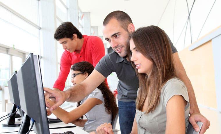 Growth Acceleration Partners ofrece 40 puestos en informática