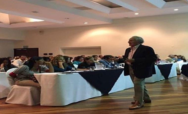 Profesor de Harvard impartirá charla en Costa Rica