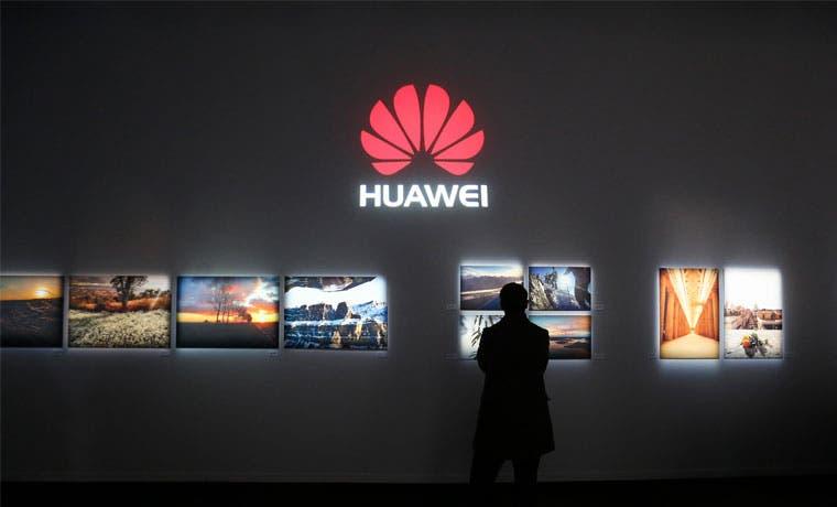 Batalla entre Samsung y Huawei se calienta con nueva demanda