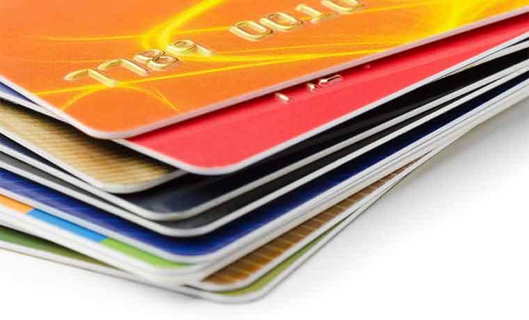 Compra de saldos alivia endeudamiento en tarjetas