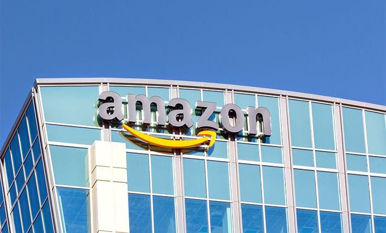 Amazon desafía a Google con servicio en la nube para software IA