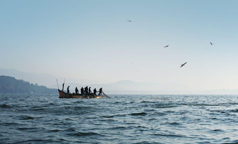 Pescadores guanacastecos se oponen a la pesca de arrastre