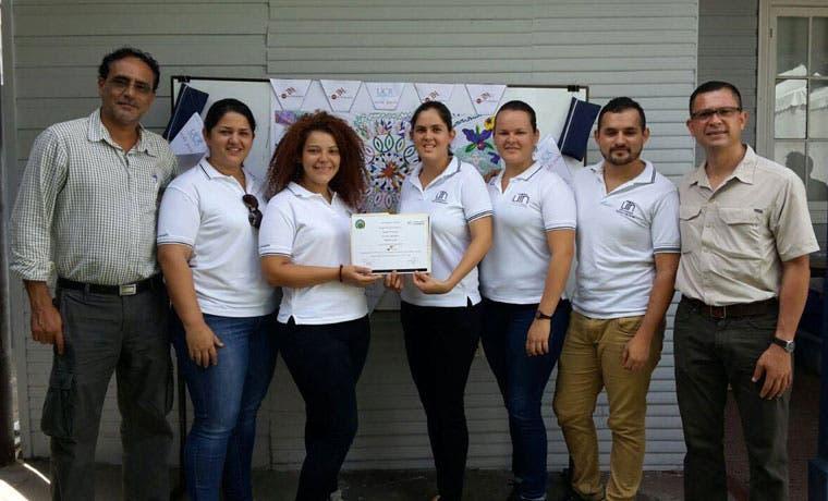 Estudiantes de UTN Atenas representarán al país en competencia mundial de innovación